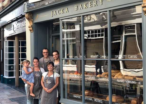 Jacka Bakery stops taking cash from customers